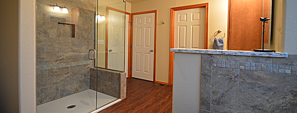 Know about these bathroom trends propertyfindae floor for Bathroom remodel seattle